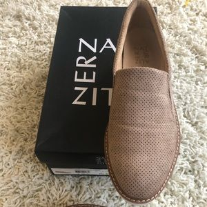 New in box Effie 2 by Naturalizer size 7.5 shoe